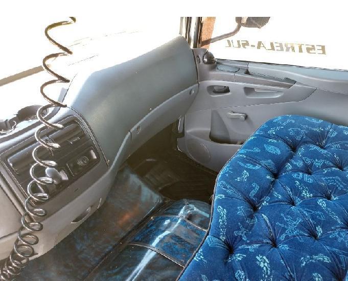 Mb mercedes-benz atego 2425 6x2 2010 truck com baú grande