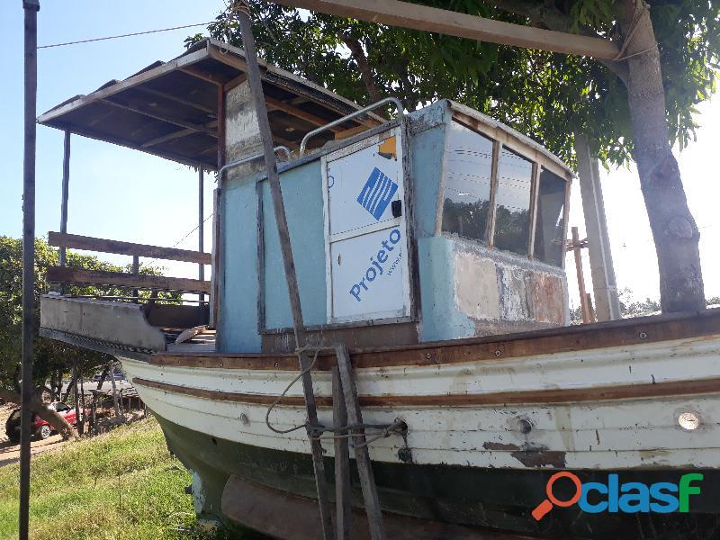 Barco de fibra 9 m