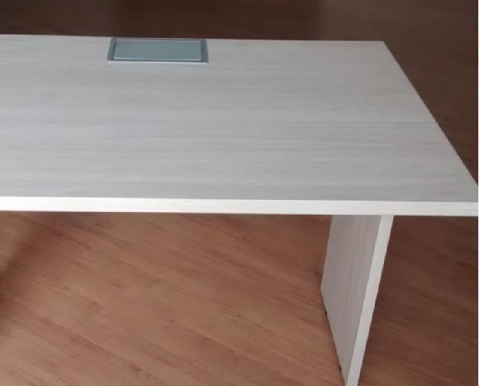Vendo mesas para escritório. Leia o anuncio