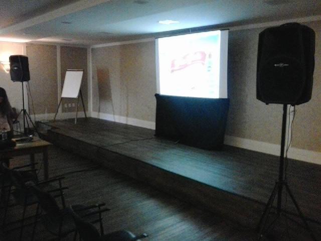 Aluguel datashow projetores som floripa