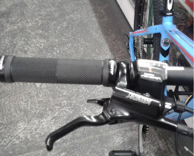 Bicicleta aro 29 audax 200