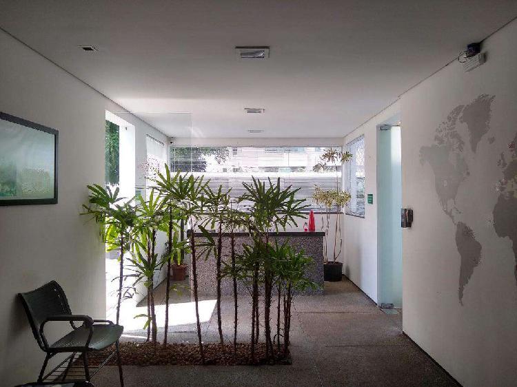 Casa comercial, vila da serra