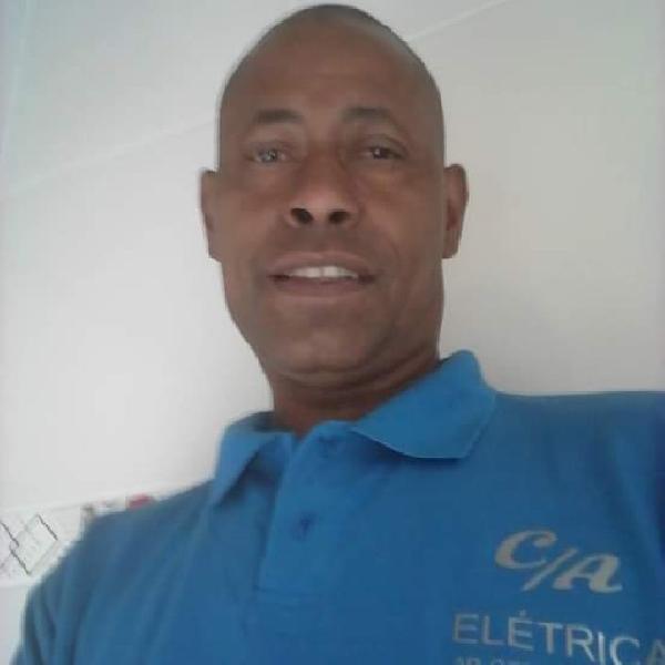 Serviços de eletricidade e ar condicionado