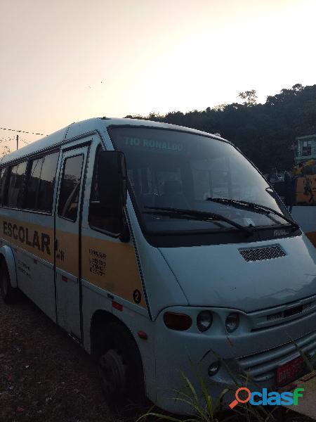 Vendo linha escolar com micro ônibus em pirituba