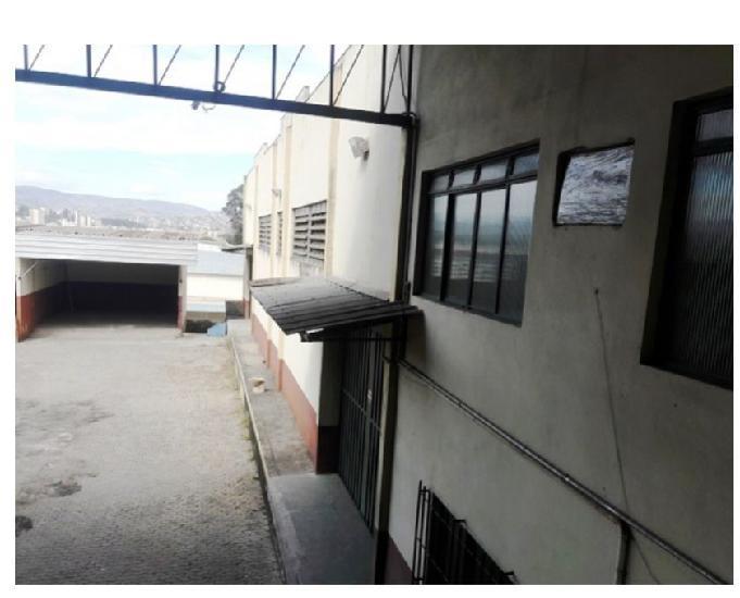 Aluga galpão bairro camargos silex área de 2.125m²