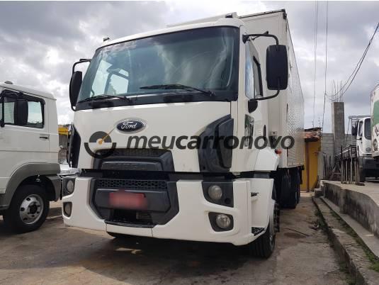 Ford cargo 2422/2422 e 3-eixos 2p (diesel) 2012/2012