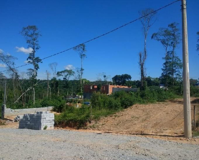 Terreno de 150 m2 – prontos para construir
