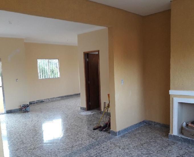 Vendo ou troco excelente casa em condominio fechado