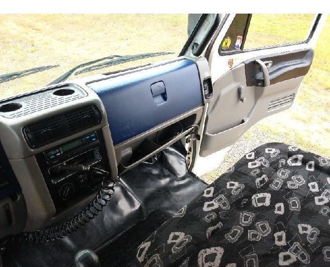 Vw volkswagen 17-210 2002 revisado toco com baú grande