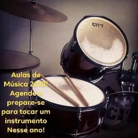 Aulas práticas de música