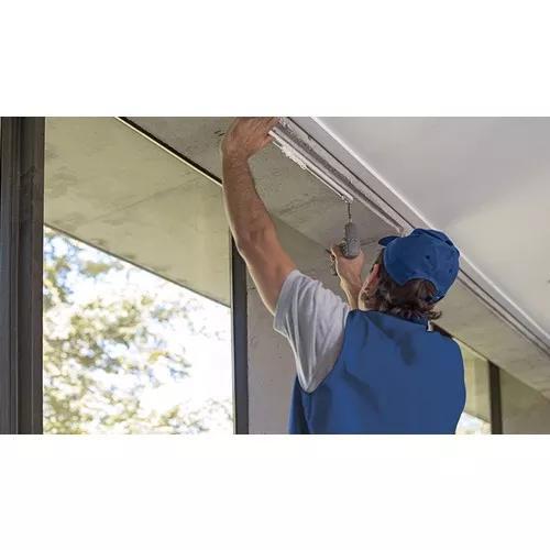 Instalação de cortinas e persianas