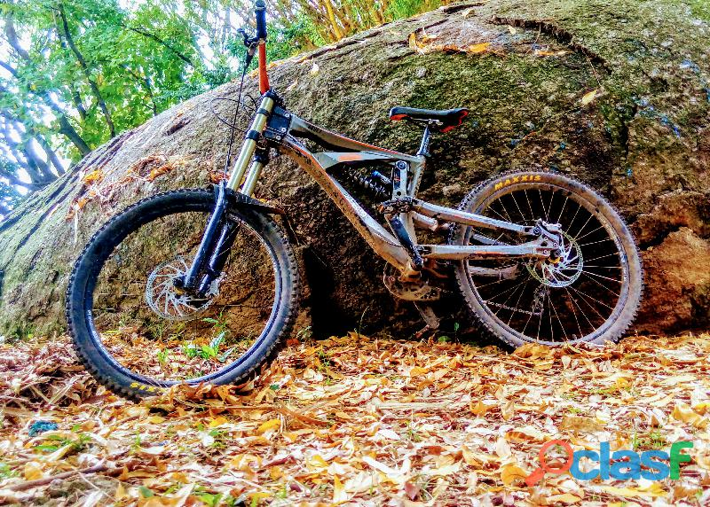 Bicicleta bike downhill aphex aro 26 ktm full