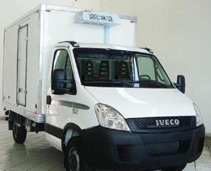 Iveco daily 35s14 com carroceria baú refrigerado sider