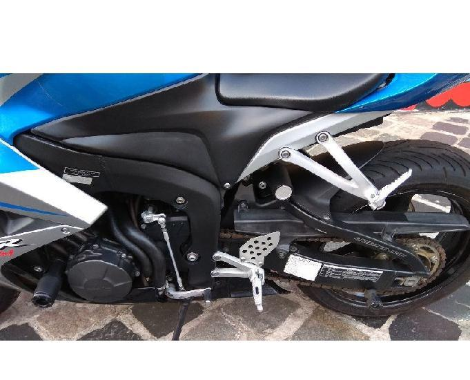 Honda cbr 600 rr impecavel