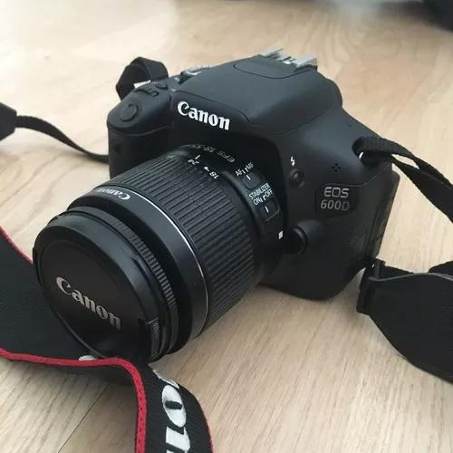 Canon t3i / 600d com lente 18-55mm.
