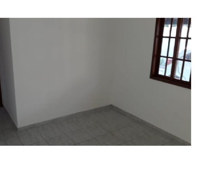Casa linear 2 quartos com quintal cidade praiana