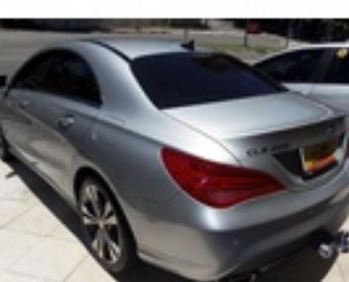 Mercedes benz classe cla 200 urban dct flex