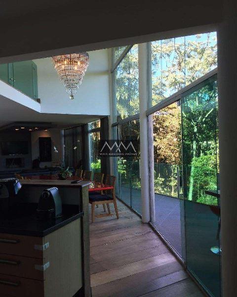 Casa em Condomínio, Estância Serrana, 4 Quartos, 2 Vagas,