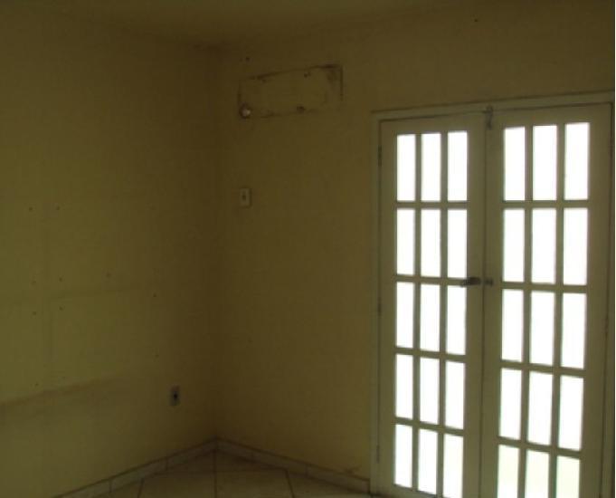 Alugo: casa duplex 2qt°s, jardim iguaçu – condominio
