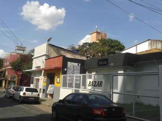 Casa Comercial, Prado, 2 Quartos, 1 Vaga, 0 Suíte