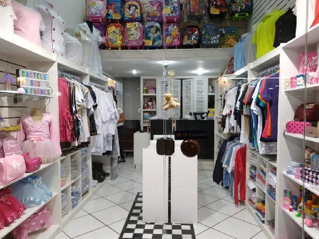 Loja e confecção de uniformes
