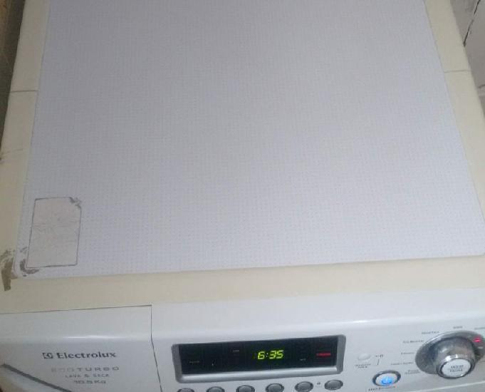 Vendo uma máquina lava e seca eletrolux 10,5 kg