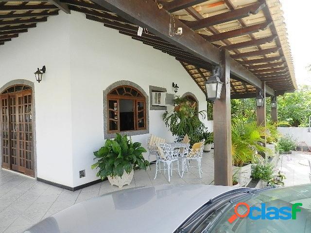 Imóvel em condomínio fechado! casa a venda em araruama rj