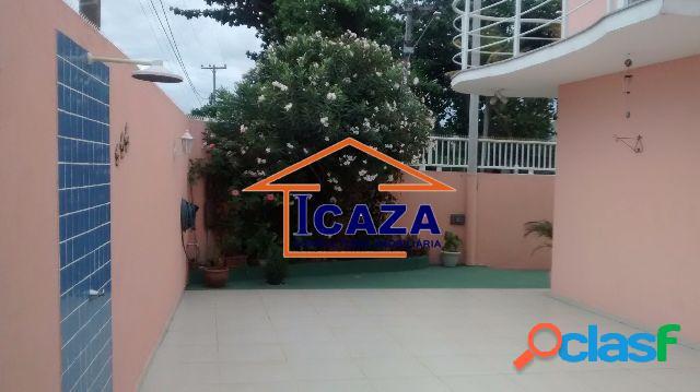 Linda casa em Bairro Nobre de Araruama em frente a Lagoa 2