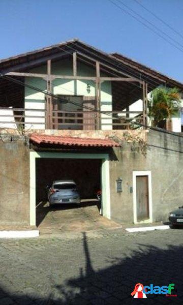 Casa de alto padrão no bairro santa teresa, 800m do centro
