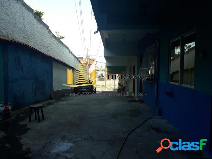 Linda casa duplex 2qts na Curicica 3
