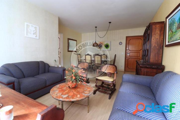 Apartamento 101 m², 3 quartos, sol da manhã, Leblon - Selva de Pedra