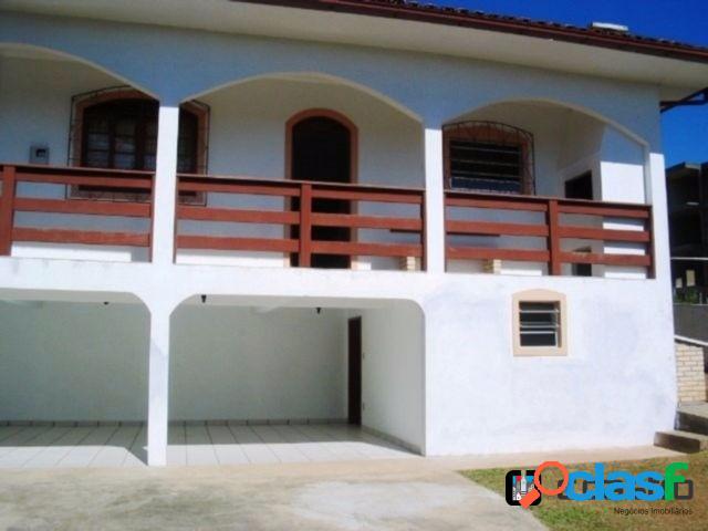 Casa 4 quartos (2 suítes) 3 banheiros - ingleses