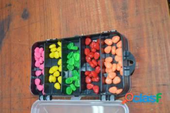 Kit 50 unidades de milho colorido + organizador