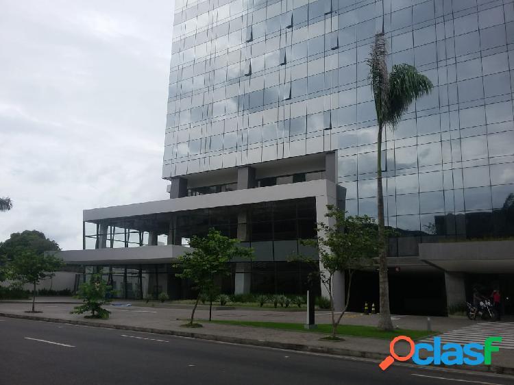 Alugo excelente sala comercial de 35 m2 no edificio soberane/ adrianopolis - manaus amazonas am
