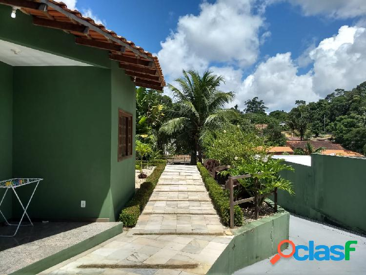 Vendo Excelente casa em Condomínio fechado, com 4 quatro casas, Aceita Financiar!