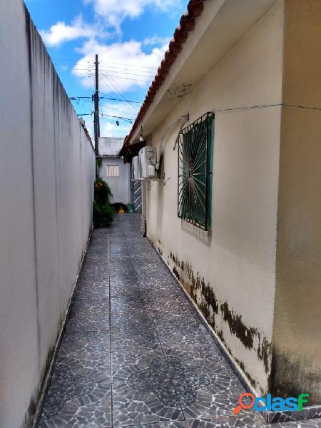 Vendo excelente casa semi-mobiliada no conjunto residencial Vila Rica - próximo ao núcleo 16 3