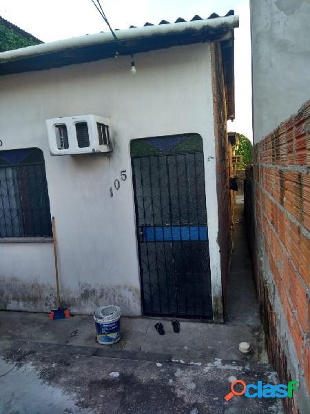 Vendo excelente casa com 02 quartos no bairro da paz.manaus, amazonas - am.