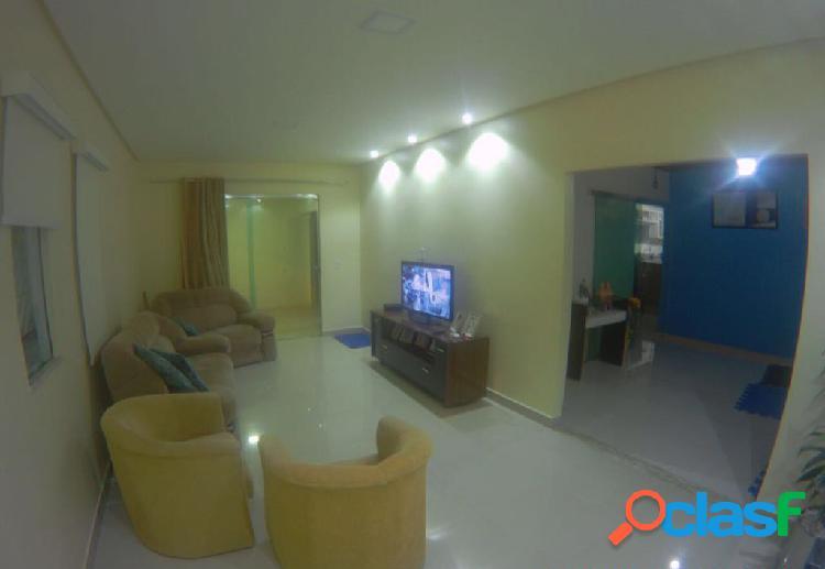 Vendo linda casa com 03 quartos e 01 suite no conjunto shangrilá,manaus, amazonas - am.
