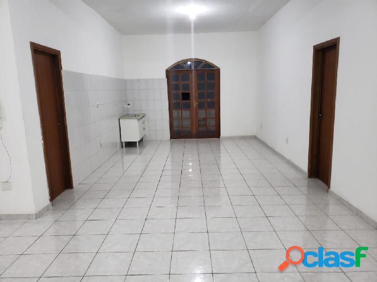 Alugo excelente apartamento com 02 suítes em campos eliseos. manaus,amazonas. am.