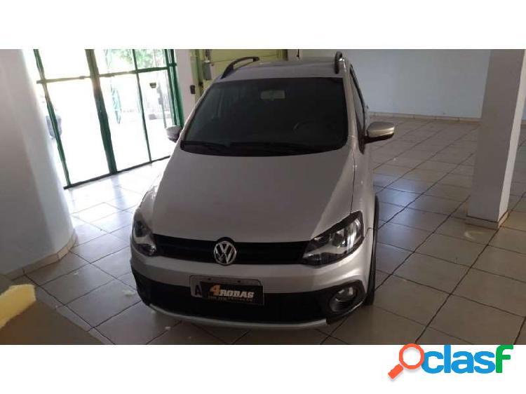 Volkswagen crossfox i-motion 1.6 vht (flex) - dois vizinhos