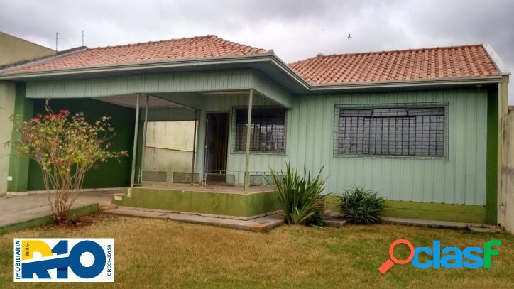 Casa a venda na região central com área de 504 m² terreno