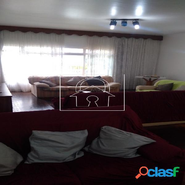 Casa térrea à venda 204m² de área útil e 500m² de terreno Vila Leopoldina