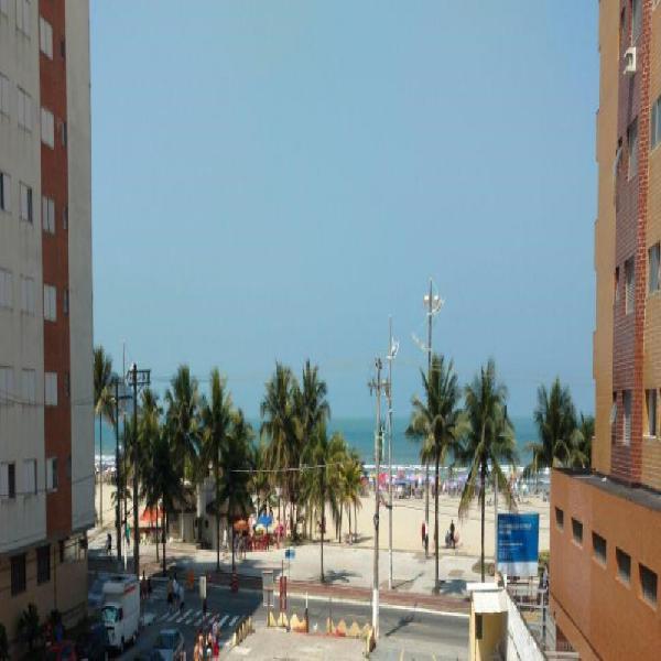 Apartamento na guilhermina praia grande