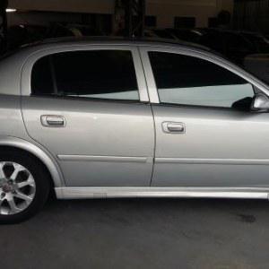 Chevrolet astra gl milenium 1.8 mpfi 4p 2001