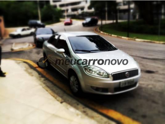 Fiat linea essence(blue&me) 1.8 16v flex 4p (ag) basico