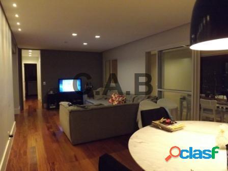 Apartamento no residencial alphavita em alphaville 144metros