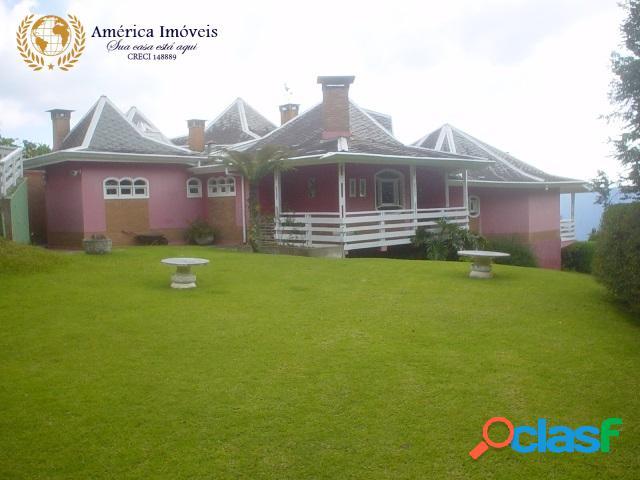 Bela casa no alto da boa vista