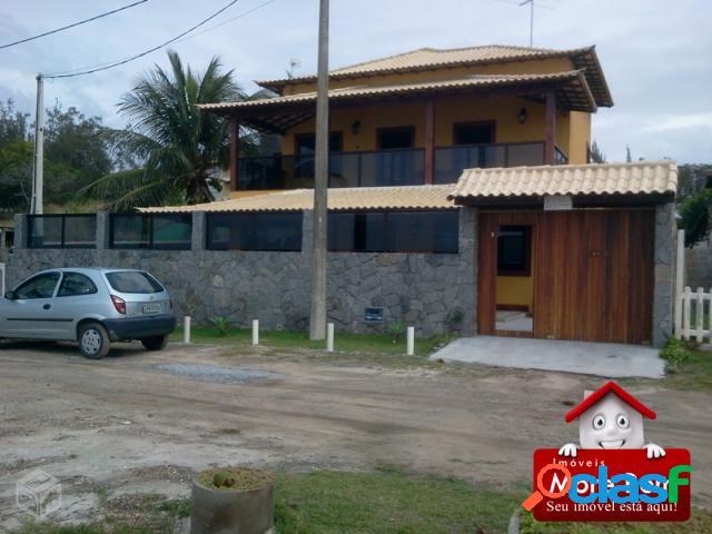 Casa duplex, alto padrão, frente para lagoa de araruama.