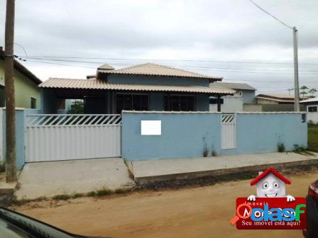Casa de 03 q. (01 suíte) em condomínio de s.p. da aldeia.