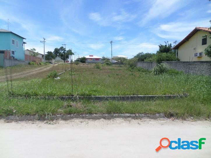 Terreno plano 300 m² em condomínio - são pedro da aldeia/rj